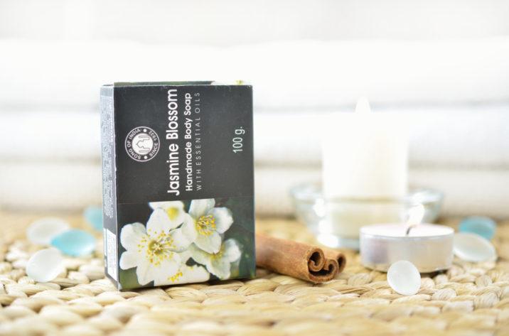 Mydełko z olejkami esencjonalnymi - Jasmine Blossom
