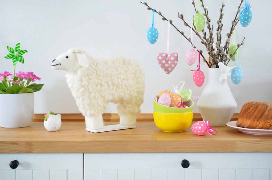 Wiosenna dekoracja - owca