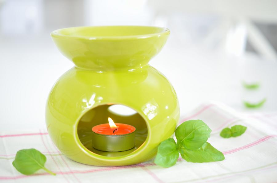 Kominek do aromaterapii Floral – zielony