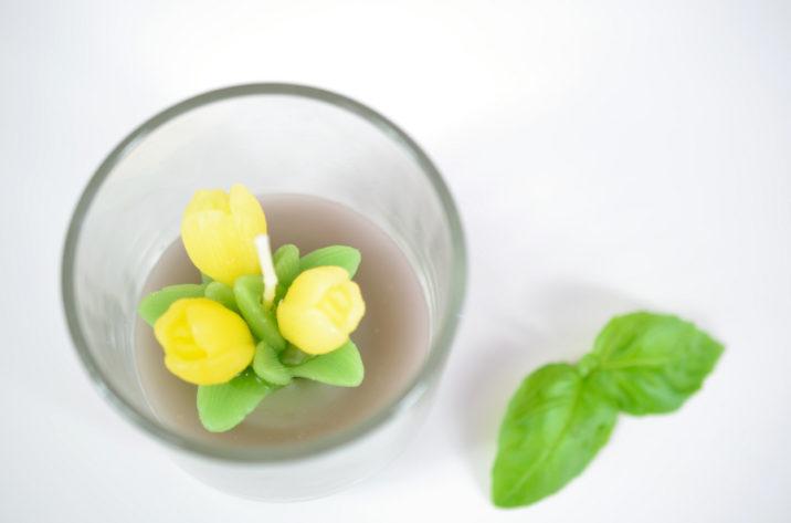 Świeczka w szkle – żółte tulipany