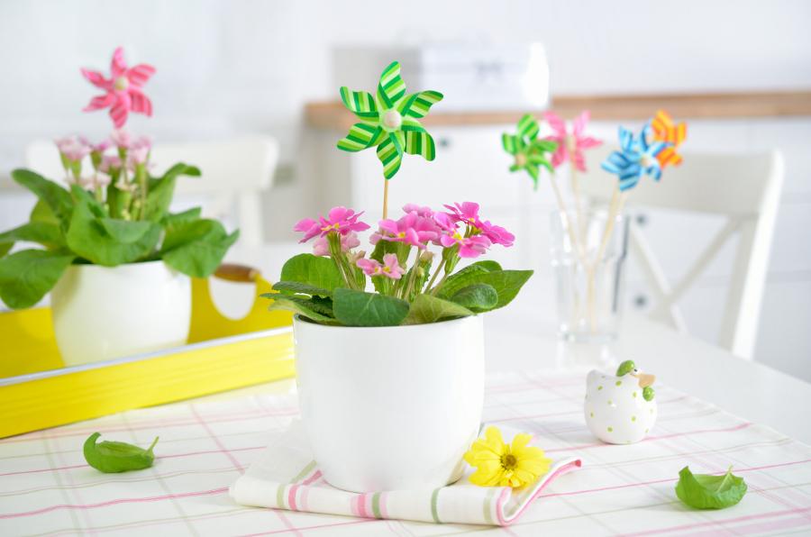 Wiosenne dekoracje - wiatraczki