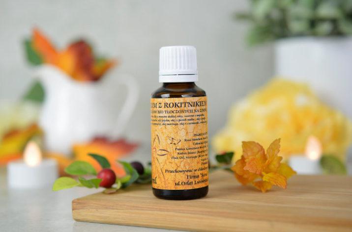 Przeciwzmarszczkowe serum do twarzy z olejkiem rokitnikowym