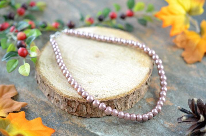 Naszyjnik ze sztucznych pereł - brąz