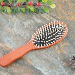 Drewniana szczotka do włosów