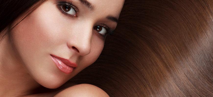 Sposoby na regenerację zniszczonych włosów