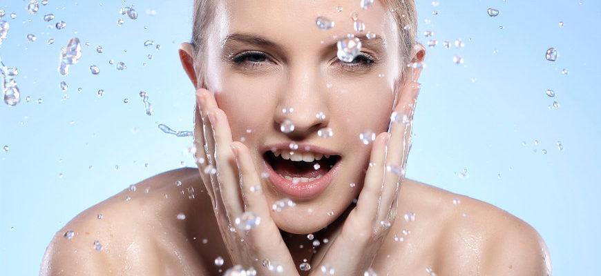 Oczyszczanie skóry olejami - olejowanie twarzy