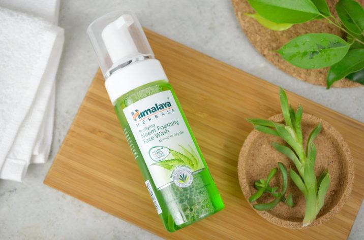 Pianka do mycia twarzy z neem