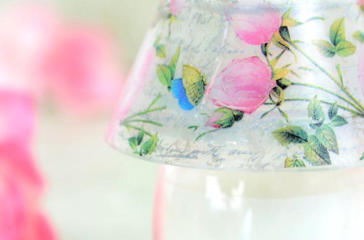 Świeczka zapachowa – różana lampka