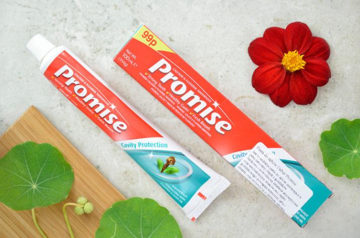 Promise ziołowa pasta do zębów z olejkiem goździkowym