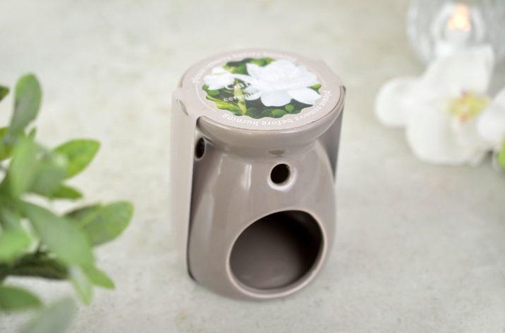 Kominek zapachowy z woskiem – gardenia