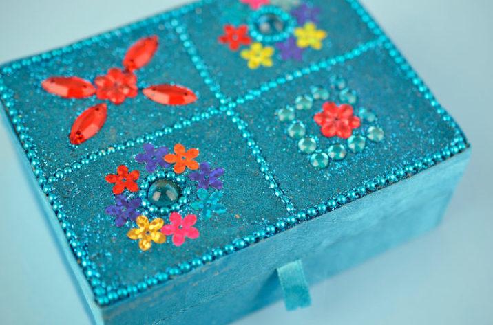 Indyjskie pudełko na biżuterię – niebieskie