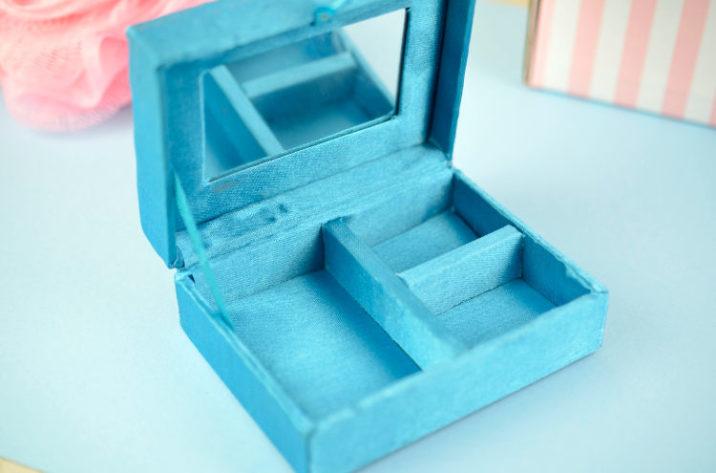 Indyjskie pudełko na biżuterię - niebieskie