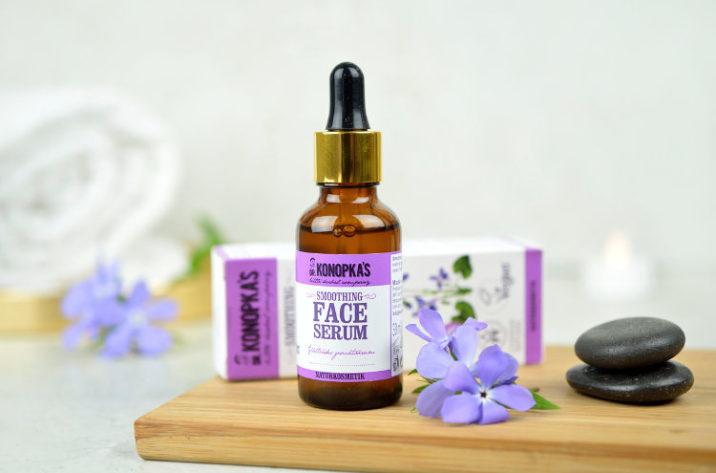 Wygładzające serum do twarzy z olejkiem z kiełków pszenicy i ekstraktem z fiołka