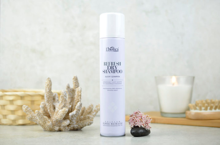 Suchy szampon do włosów L'biotica Professional Therapy Kwiatowy