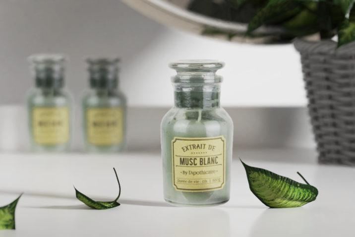 Świeca zapachowa w szkle by l'Apothicaire - białe piżmo