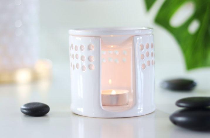 Kominek aromaterapeutyczny Azja - biały