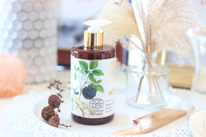 Naturalny szampon regenerujący włosy