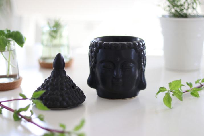 Kominek do aromaterapii Dharma - czarny