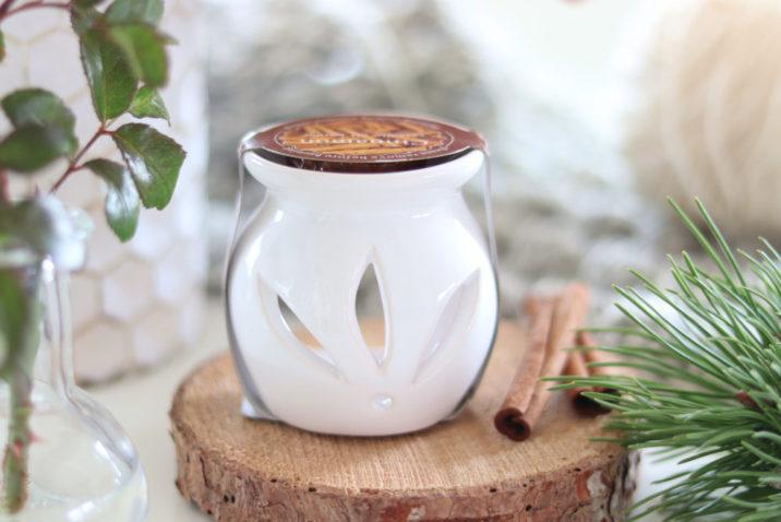 Kominek do aromaterapii z woskiem zapachowym – cynamon