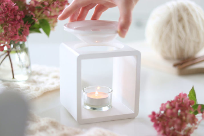 Kominek zapachowy Scandic - biały